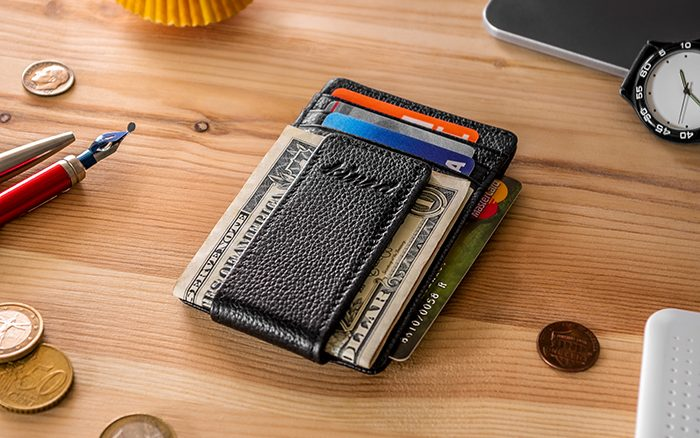 A quick introduction to men's wallets and money clips